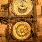 プラハのオルロイ https://ja.wikipedia.org/wiki/プラハの天文時計